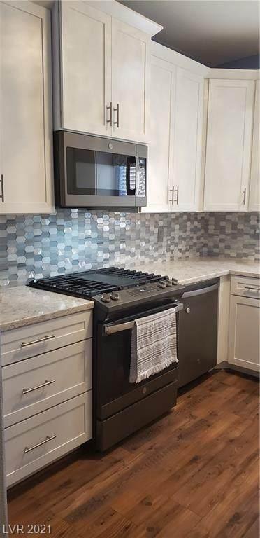 1420 Summer Glow Avenue, Henderson, NV 89012 (MLS #2305399) :: Hebert Group | Realty One Group