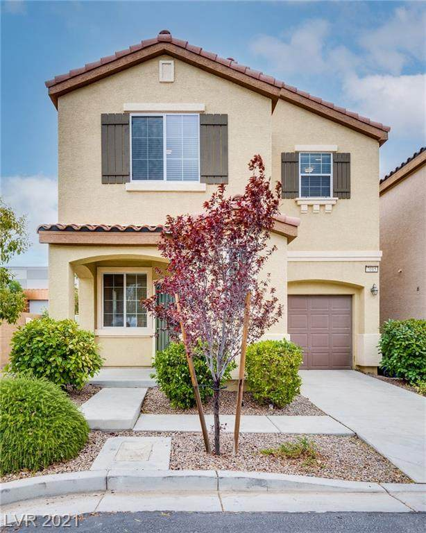 7015 Oberling Bay Avenue, Las Vegas, NV 89113 (MLS #2308245) :: DT Real Estate