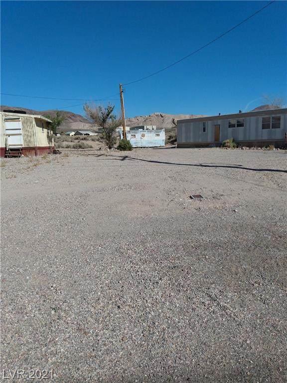 104 E Ward Street, Beatty, NV 89003 (MLS #2312011) :: Custom Fit Real Estate Group