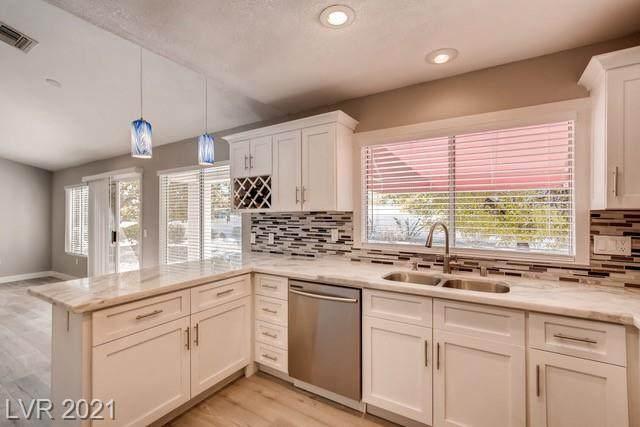 9505 Sundial Drive, Las Vegas, NV 89134 (MLS #2313130) :: DT Real Estate