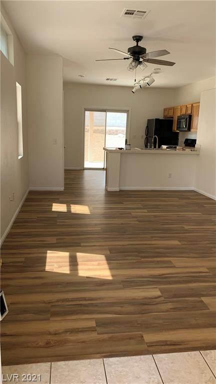 1883 Ghost Trace Avenue, Las Vegas, NV 89183 (MLS #2317708) :: DT Real Estate