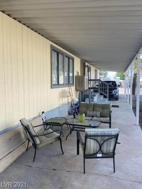 321 Bonnie Clair Court, Pahrump, NV 89048 (MLS #2319448) :: The Perna Group