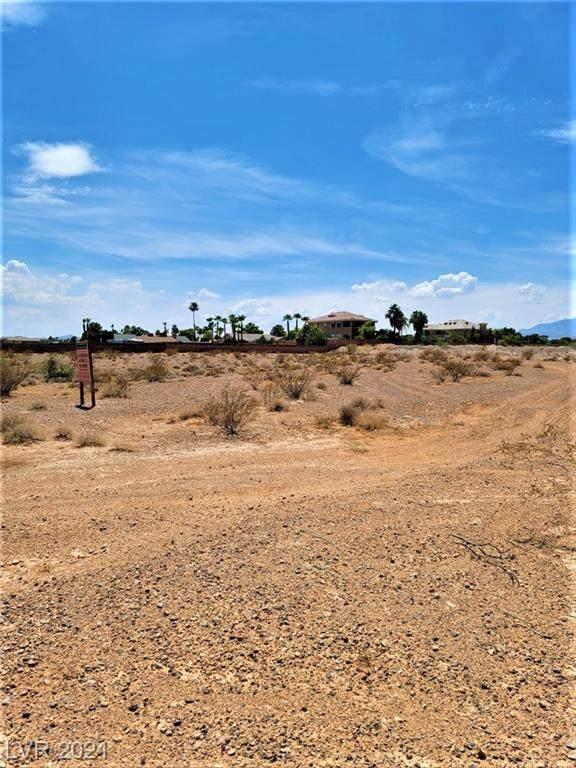 Mohawk Street, Las Vegas, NV 89118 (MLS #2320633) :: Hebert Group   eXp Realty