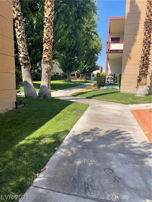 350 Desert Inn Road - Photo 1