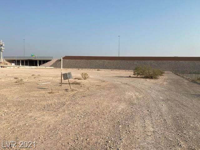 Rogers St, Las Vegas, NV 89124 (MLS #2324663) :: Lindstrom Radcliffe Group