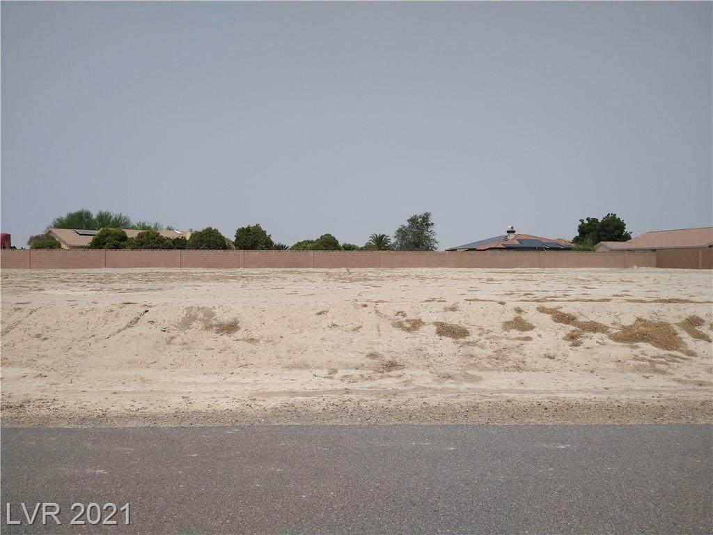 6740 Stubblefield Drive - Photo 1