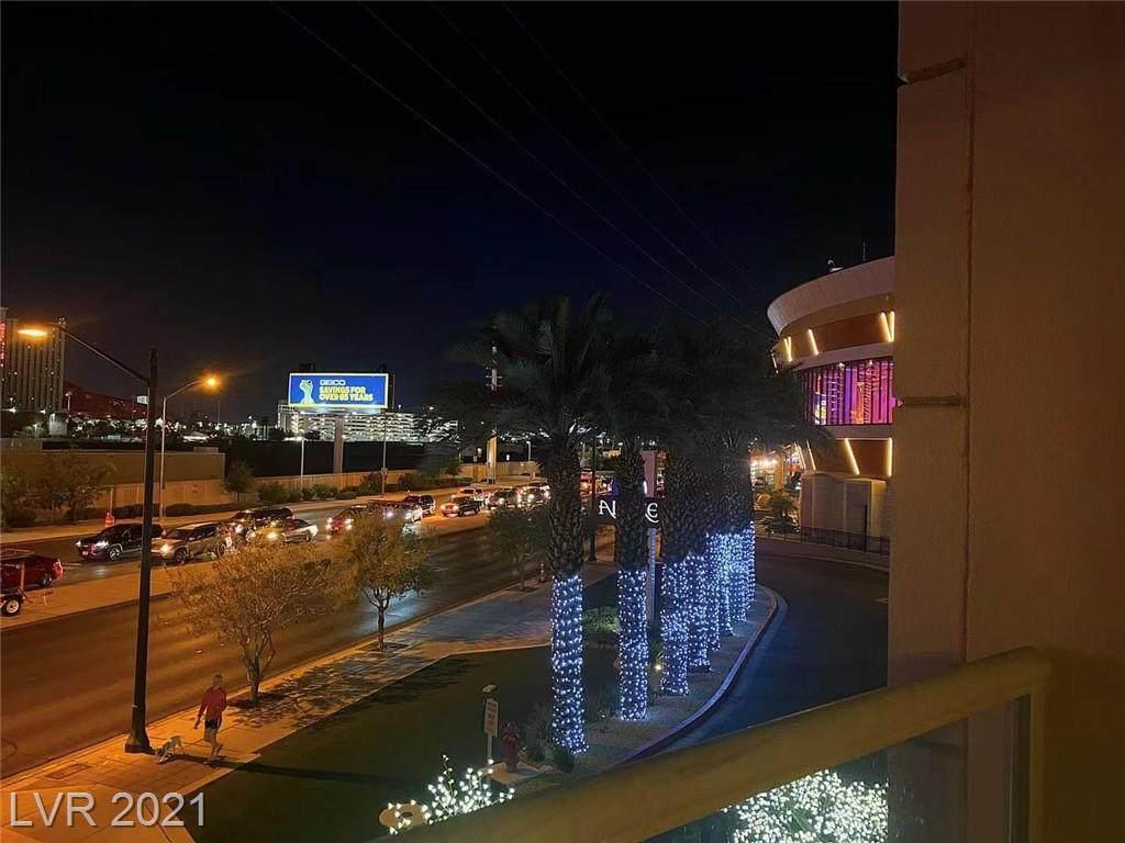 200 Sahara Avenue - Photo 1