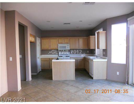 8809 Timber Mesa Street, Las Vegas, NV 89139 (MLS #2329222) :: Lindstrom Radcliffe Group