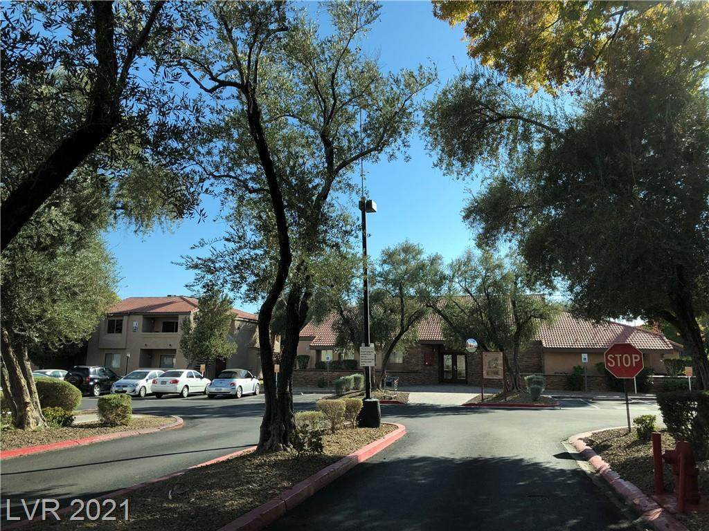 1455 Katie Avenue - Photo 1