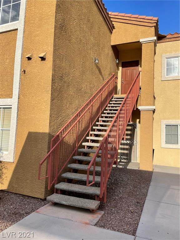 6160 Rumrill Street #220, Las Vegas, NV 89113 (MLS #2331986) :: The Melvin Team