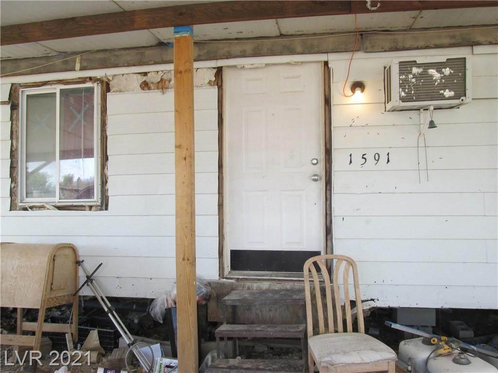 2341 Winona Way - Photo 1