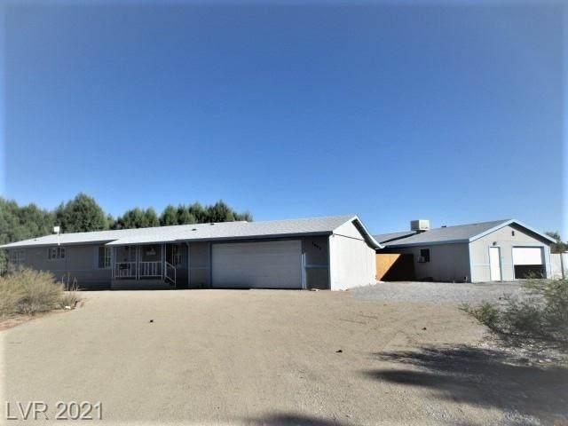 1641 Jeane Avenue, Pahrump, NV 89048 (MLS #2342513) :: Lindstrom Radcliffe Group