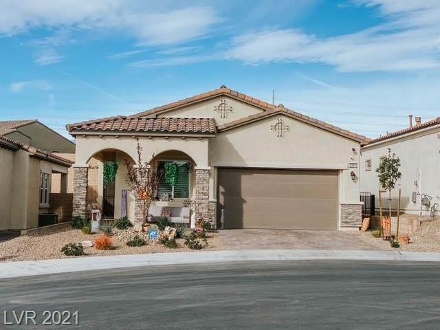 8245 Desert Madera Street, Las Vegas, NV 89166 (MLS #2343415) :: Alexander-Branson Team | Realty One Group