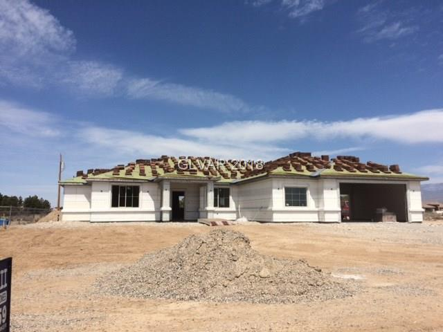 120 E Blackhorn, Pahrump, NV 89048 (MLS #1972182) :: Catherine Hyde at Simply Vegas