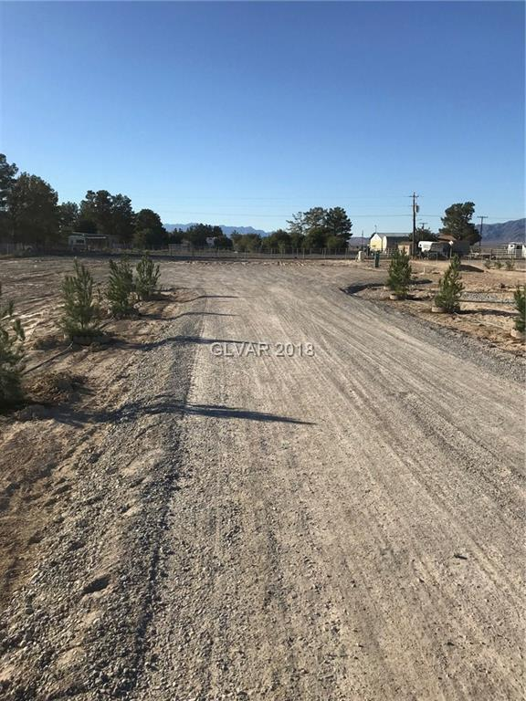 4031 E Cheyenne, Pahrump, NV 89061 (MLS #2040735) :: Vestuto Realty Group