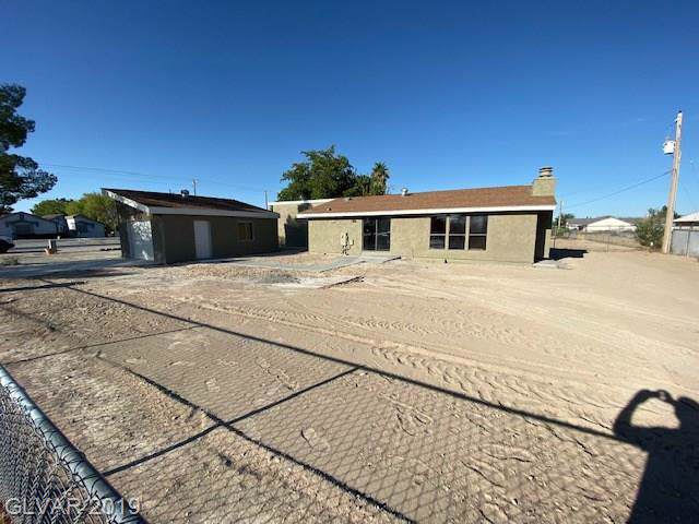 970 E Calvada, Pahrump, NV 89048 (MLS #2137741) :: The Snyder Group at Keller Williams Marketplace One
