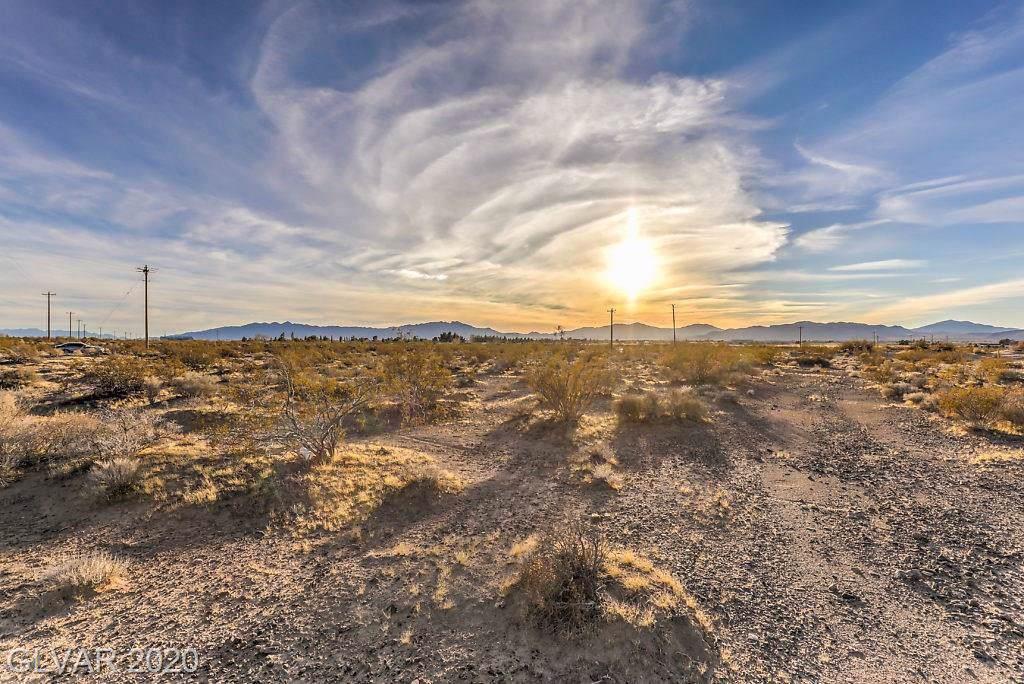 4530 Nevada - Photo 1