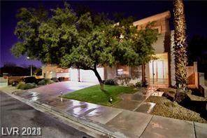 8205 Todd Neil Court, Las Vegas, NV 89117 (MLS #2262199) :: The Perna Group