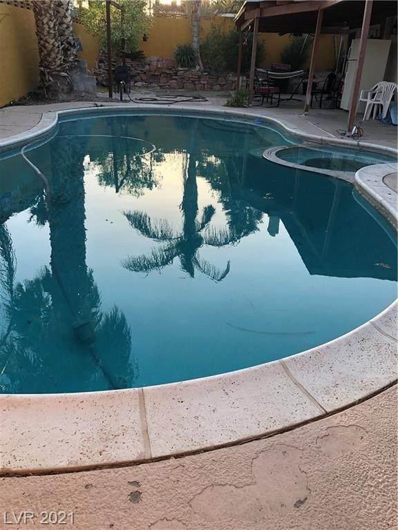 3999 Meadow Grove Avenue, Las Vegas, NV 89120 (MLS #2282086) :: Galindo Group Real Estate