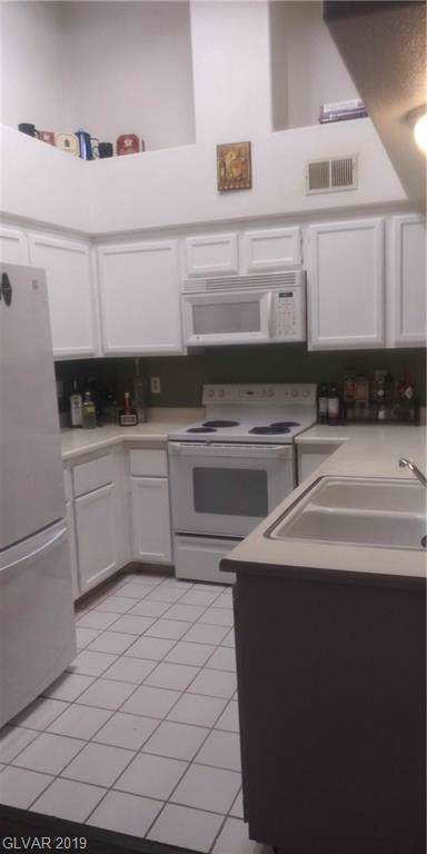 1575 Warm Springs #2322, Henderson, NV 89014 (MLS #2154499) :: Hebert Group | Realty One Group