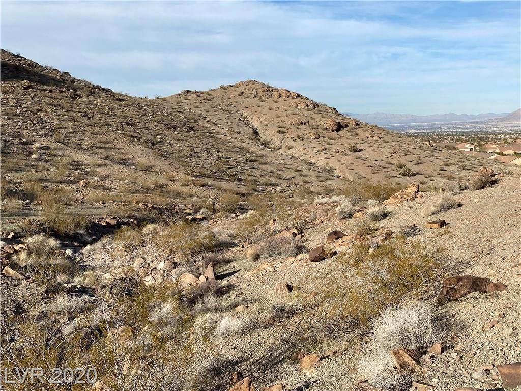 4.6Acre Canyon Highlands - Photo 1