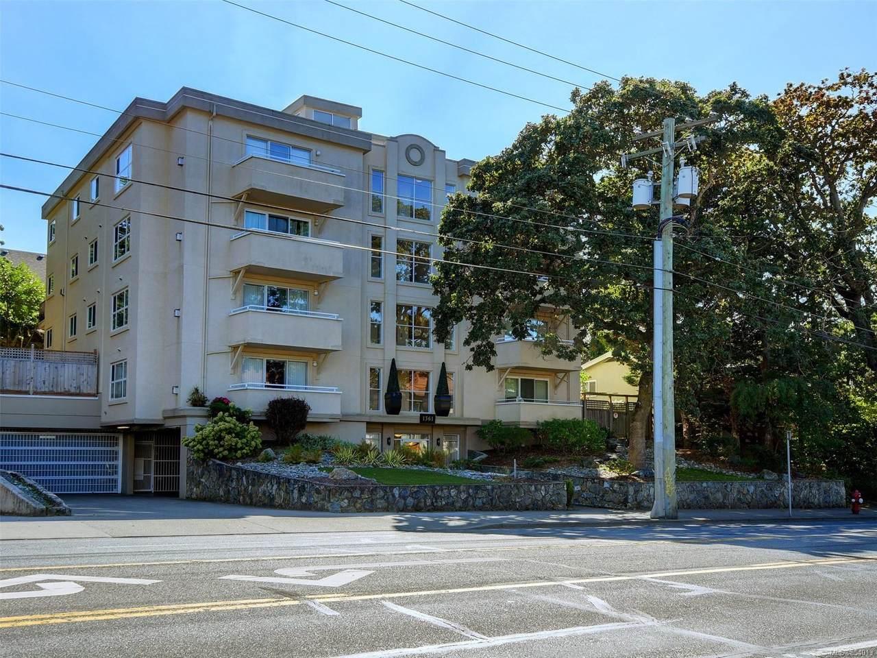 1361 Hillside Ave - Photo 1