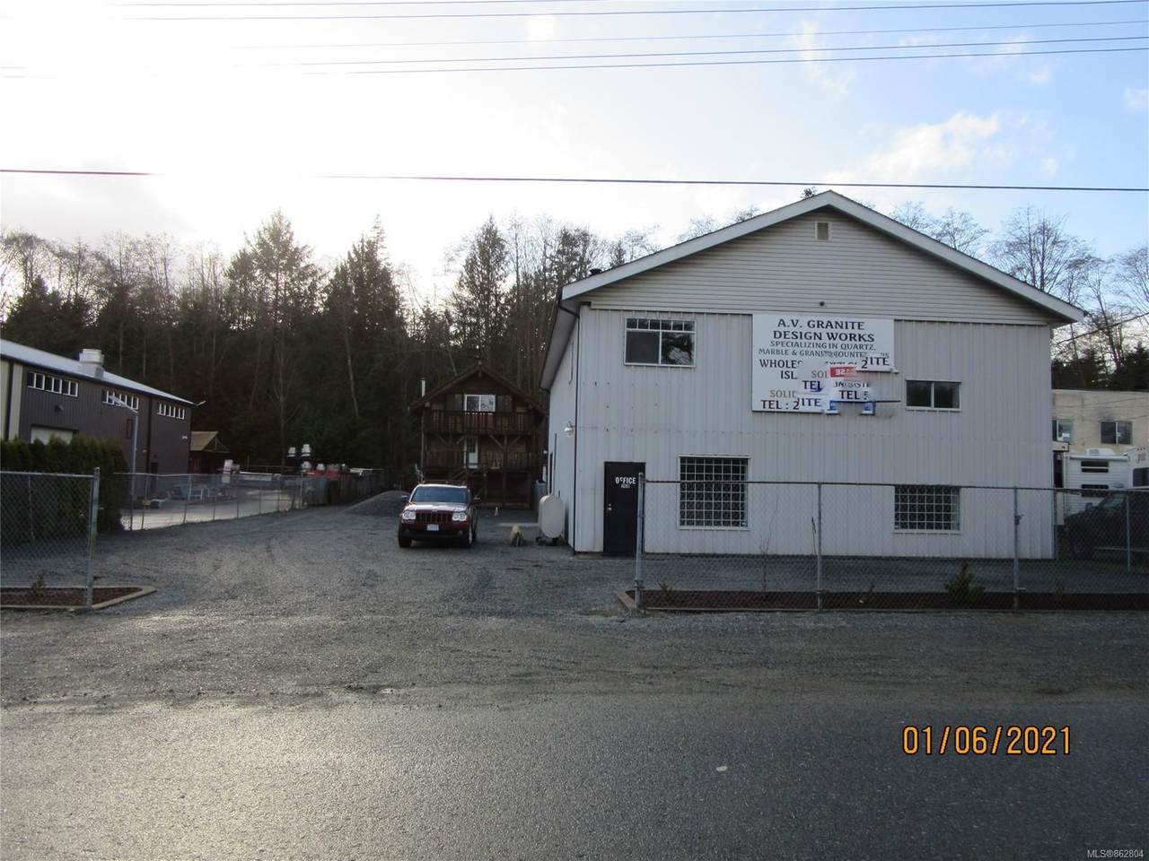 7439 Industrial Rd - Photo 1