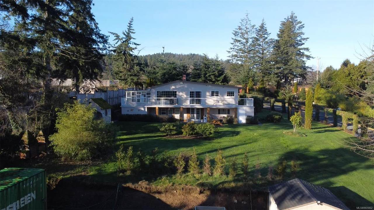 5984 Old East Rd - Photo 1