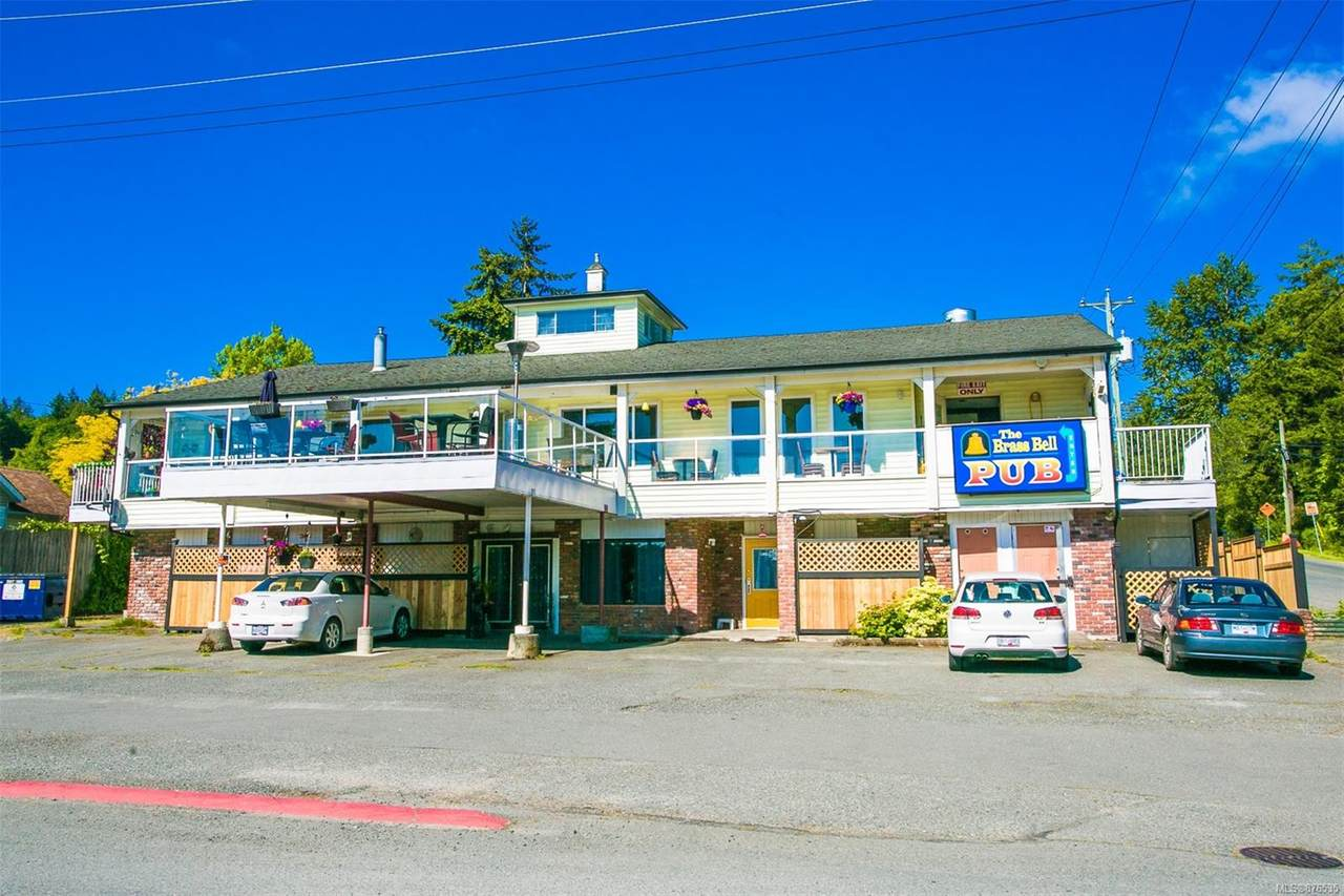 8152 York Ave - Photo 1