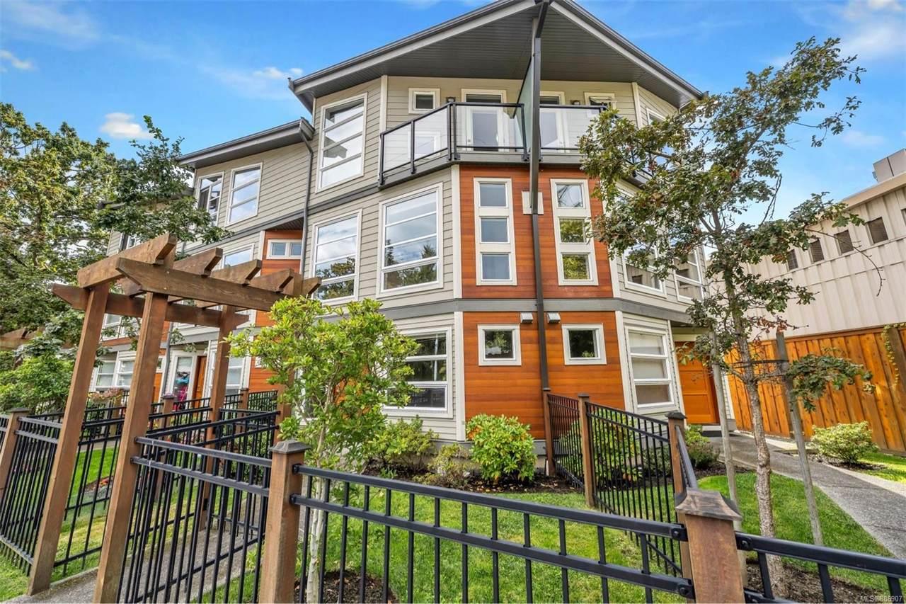 3440 Linwood Ave - Photo 1
