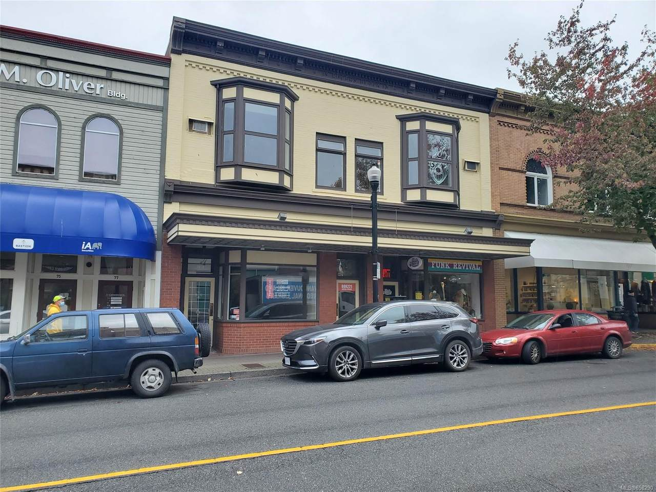 83 Commercial St - Photo 1
