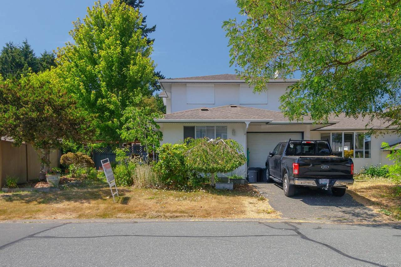 2056 Courser Dr - Photo 1