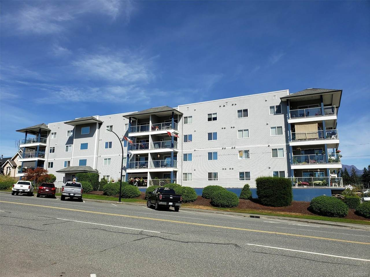 2825 3rd Ave - Photo 1