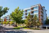 365 Waterfront Cres - Photo 1