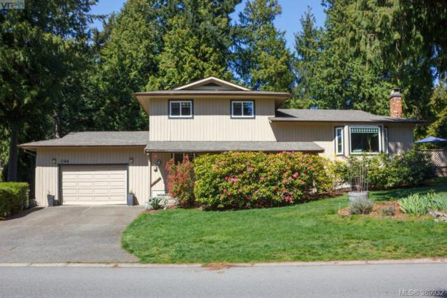 8744 Forest Park Dr, Sidney, BC V8L 5B3 (MLS #389932) :: Day Team Realtors