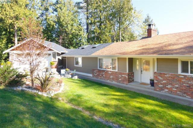 3085 Island View Rd, Central Saanich, BC V8M 1W3 (MLS #390342) :: Day Team Realtors