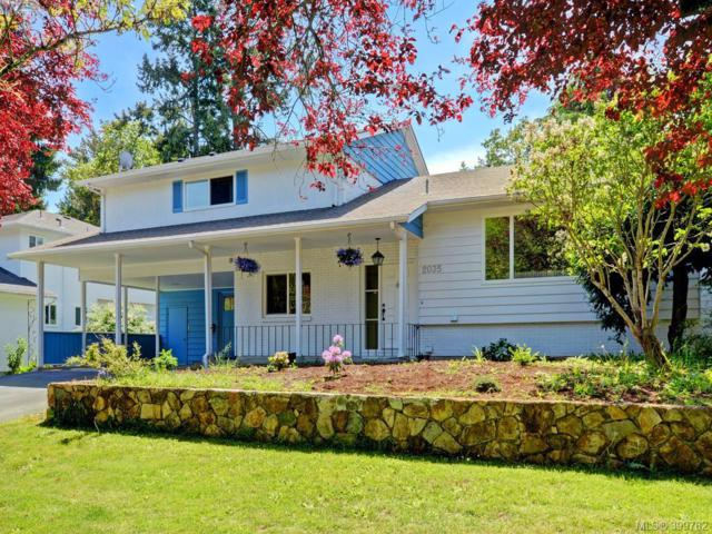 2035 Cedar Hill Cross Rd, Victoria, BC V8P 2R5 (MLS #399782) :: Day Team Realtors
