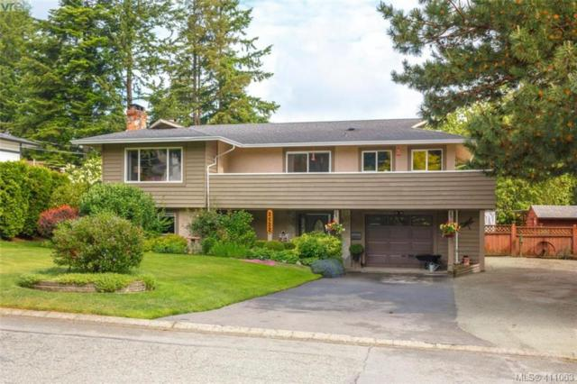 2522 Meadowland Dr, Victoria, BC V8Z 5P5 (MLS #411063) :: Day Team Realty