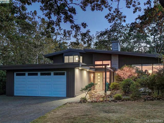 3552 Kelsey Pl, Victoria, BC V8P 4X9 (MLS #414343) :: Day Team Realty