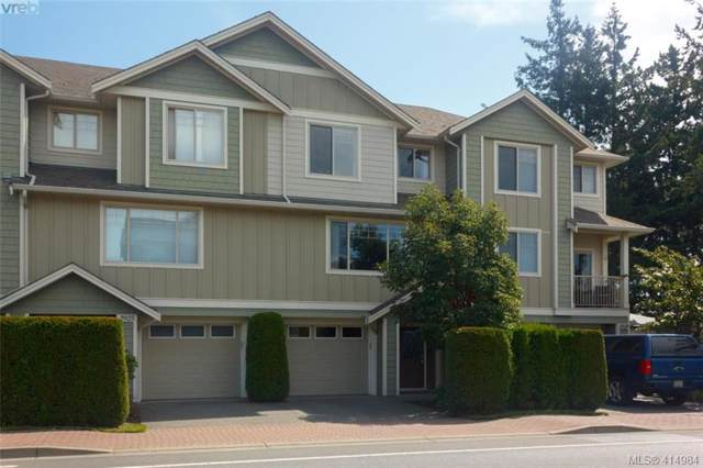 2927 Phipps Rd, Victoria, BC V9B 0A8 (MLS #414984) :: Day Team Realty