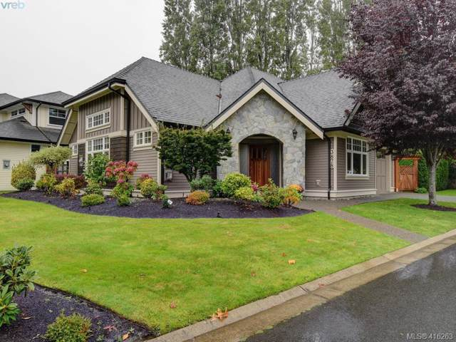 3878 South Valley Dr, Victoria, BC V8Z 7Y9 (MLS #416263) :: Day Team Realty