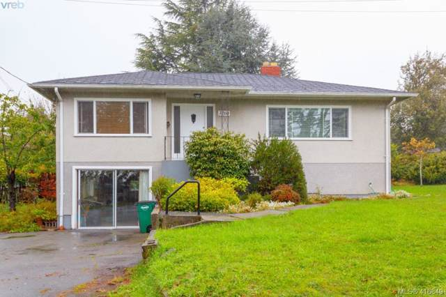 3260 Cedar Hill Rd, Victoria, BC V8P 3Y4 (MLS #416849) :: Day Team Realty