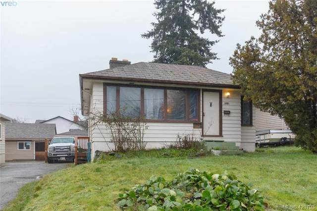 3151 Glasgow St, Victoria, BC V8X 1L8 (MLS #420793) :: Day Team Realty