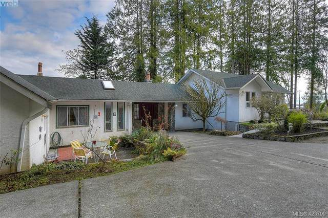 1610 Mctavish Rd, Sidney, BC V8L 5T9 (MLS #423799) :: Day Team Realty