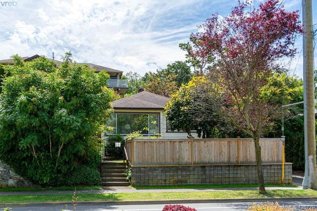 1133 Finlayson St, Victoria, BC V8T 2T8 (MLS #426720) :: Day Team Realty