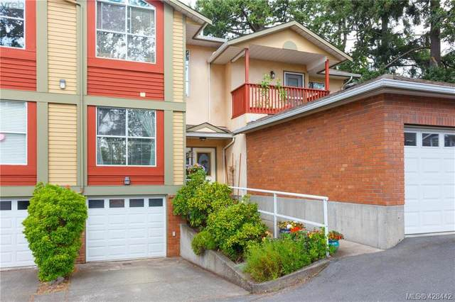 4560 West Saanich Rd #2, Victoria, BC V8Z 3G4 (MLS #428442) :: Day Team Realty