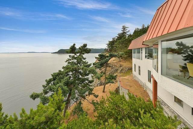 172 Cliffside Rd, Saturna Island, BC V0N 2Y0 (MLS #820122) :: Day Team Realty