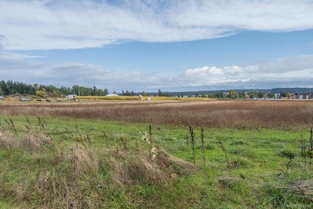 7939 Central Saanich Rd, Central Saanich, BC V8M 1T7 (MLS #843564) :: Day Team Realty