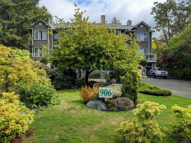 906 Admirals Rd #3, Esquimalt, BC V9A 2P4 (MLS #854025) :: Day Team Realty