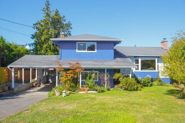 1226 Wychbury Ave, Esquimalt, BC V9A 5L3 (MLS #855119) :: Day Team Realty